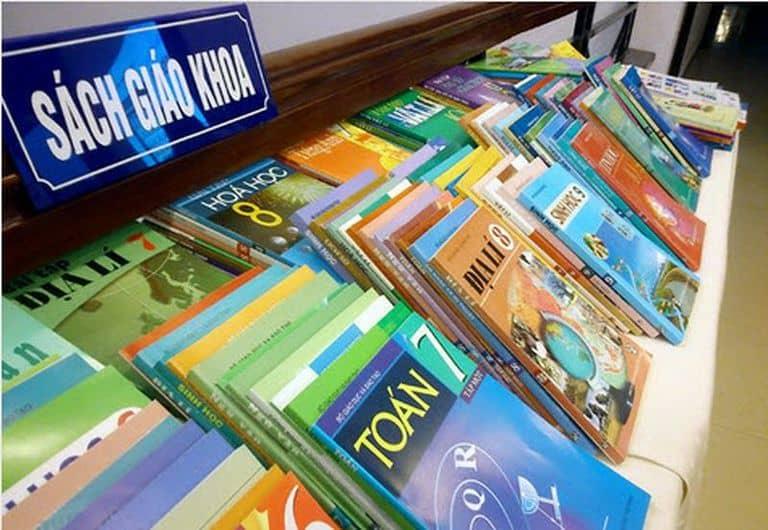 Câu chuyện về một bộ sách giáo khoa