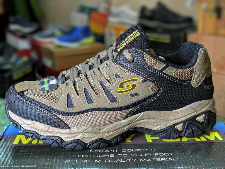 392e80473bb23 Bỏ ra tiền triệu mua 1 đôi giày chính hãng