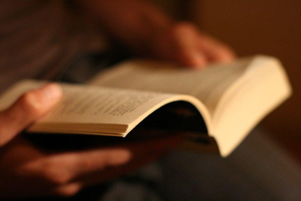 Đọc sách hay có thể thay đổi cốt tướng, bạn tốt có thể thay đổi tiền đồ